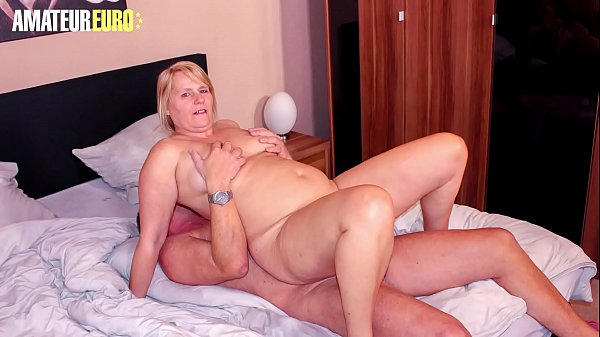 AmateurEuro – Big Tits Blonde Wife Fucks For The First Time In Her Life With Her BFF – Sweet Susi